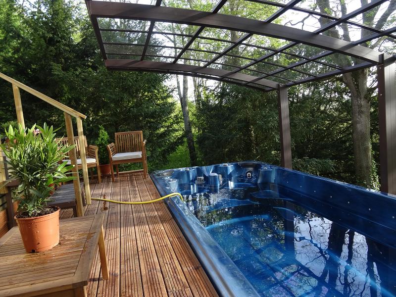Spa de nage - Terrasse Bois