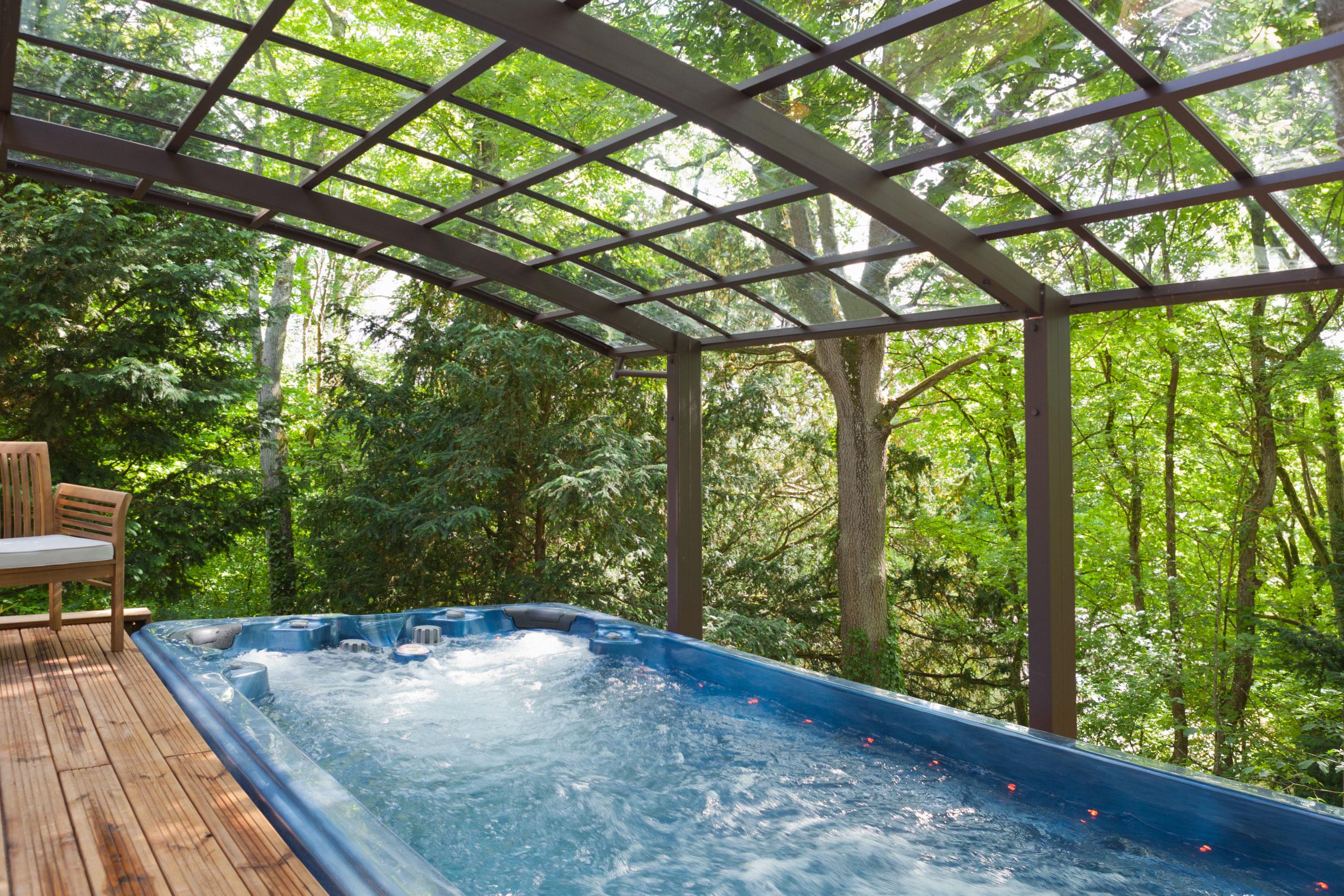 Abris De Spa Rond installation d'un spa de nage à méréville - 2 (91) - détente